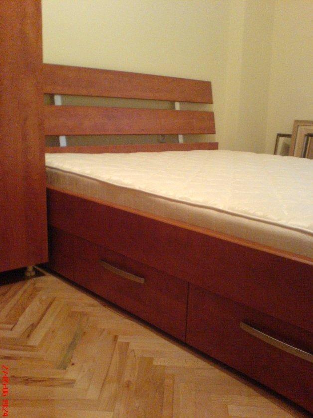 Nameštaj po meri - Kreveti - Iverko plus k010